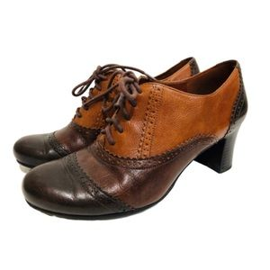 Retro Wingtip Leather Heeled Oxfords Lace Up 8.5